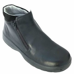 NAOT LYNX leather black army style  bootie